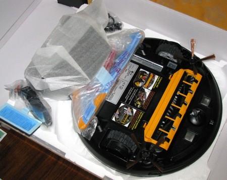 Revés del robot de limpieza LG Hom-Bot