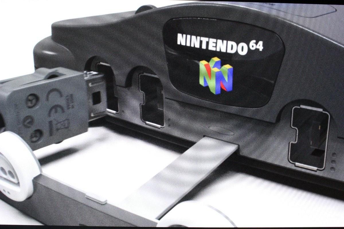 🔍 Filtran fotos de la que sería la próxima consola retro Nintendo 64 Classic Mini