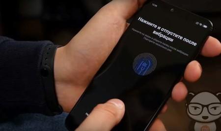 Xiaomi muestra un lector de huellas que desbloquea el móvil pulsando en cualquier punto de la pantalla