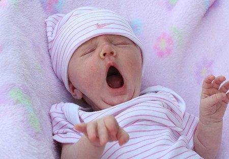 El bostezo en los niños no se contagia hasta los cuatro años