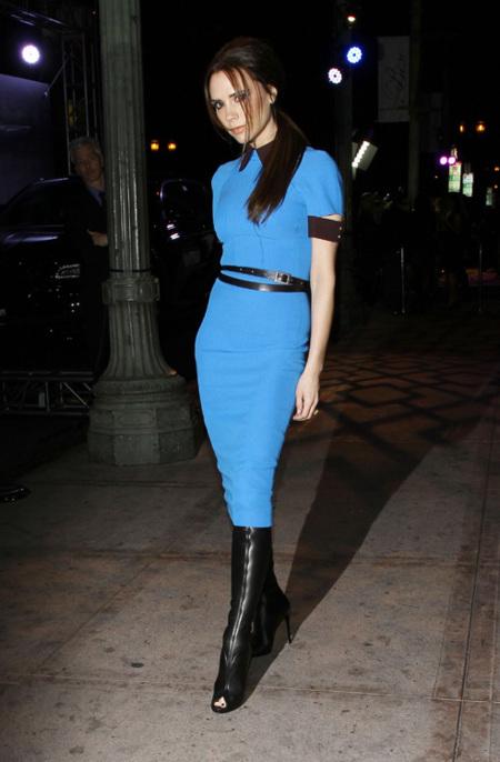 Victoria Beckham azul