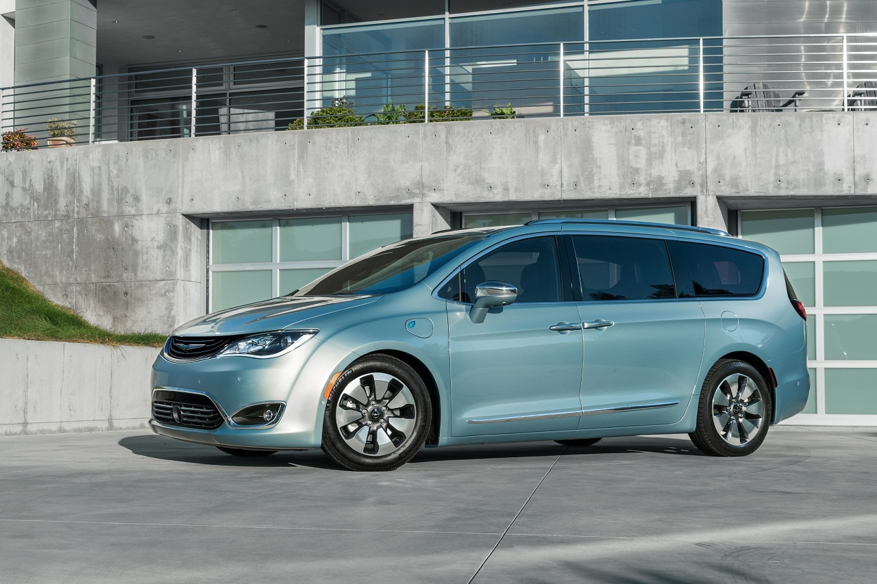 Foto de Chrysler Pacifica 2017 (6/27)
