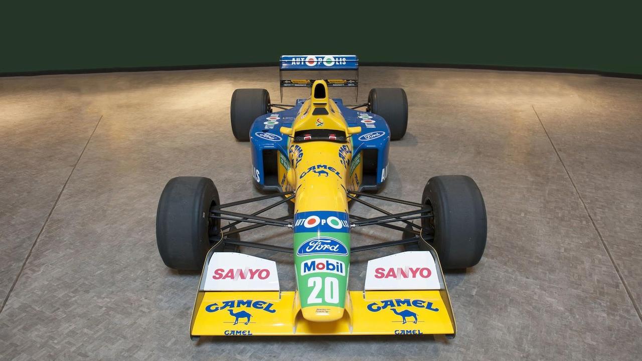 Foto de Benetton B-191-02 (1/19)