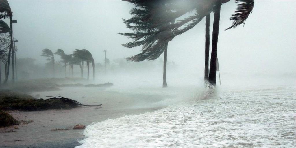 Mercedes y Volvo cierran plantas ante la llegada del huracán Florence #source%3Dgooglier%2Ecom#https%3A%2F%2Fgooglier%2Ecom%2Fpage%2F%2F10000