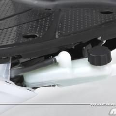 Foto 30 de 81 de la galería honda-scoopy-sh125i-2013-prueba-valoracion-galeria-y-ficha-tecnica-fotos-detalles en Motorpasion Moto