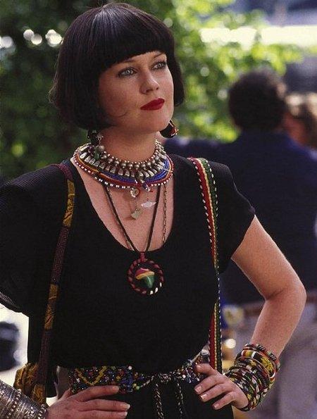 El look de Melanie Griffith en la película Algo Salvaje