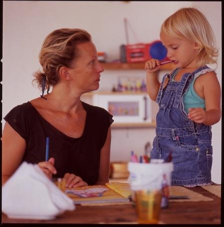 ¿Tenemos que informar los padres a los colegios de nuestra colaboración y compromiso en el proceso educativo de los hijos?