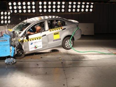 Otro vehículo Chevrolet reprueba en el test de Latin NCAP