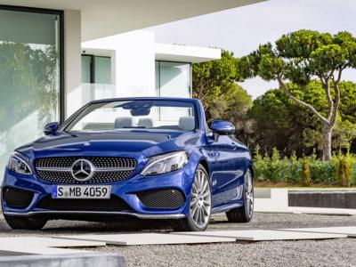 Este es el Mercedes-Benz Clase C Cabrio, el primer C descapotable