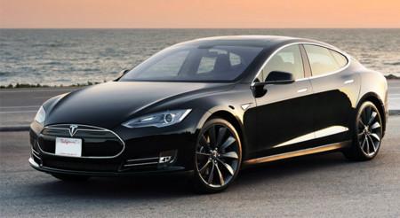 El cambio de baterías en los coches de Tesla está cerca: las pruebas pilotos comienzan