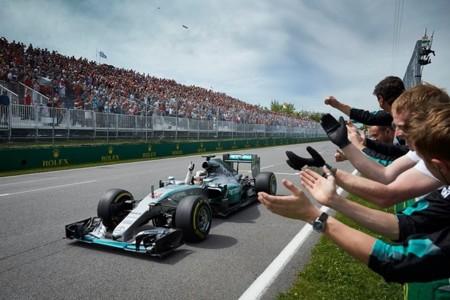 Hamilton gana el Gran Premio de Canadá de punta a punta