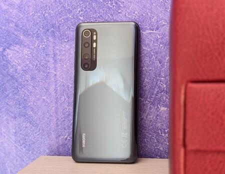 Xiaomi Mi Note 10 Lite, análisis: un todoterreno con monstruosa batería que es la gran referencia en gama media por menos de 300 euros