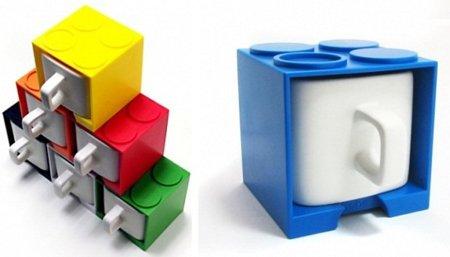 Tazas cuadradas con soporte inspirado en Lego