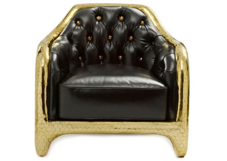 Oro y cuero en la colección de muebles de The Haas Brothers para Versace Home