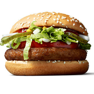 """McDonald's lanza su """"McVegan"""" para tentar al público vegano... pero ¿no debería llamarse """"vegetal""""?"""