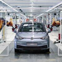 Los coches eléctricos superan en ventas a los diésel por primera vez en Europa, con el Volkswagen ID.3 liderando
