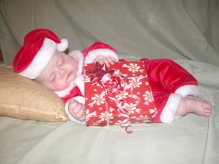 La primera Navidad del bebé: un par de consejos