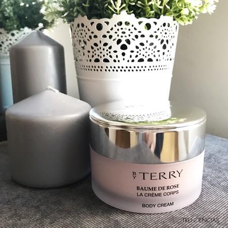 Probamos Baume de Rose Body Cream de By Terry, la delicadeza de las rosas hecha crema