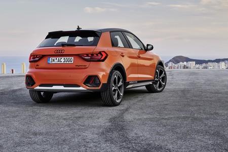 Audi A1 Citycarver 2019 011