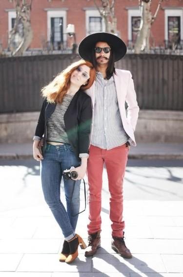 Entrevistasmos a Angie y Lucúos los creadores del blog 'Heels and Cigarettes'