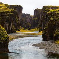 Time-lapse de 60 fotografías por segundo desde un dron sobre Islandia