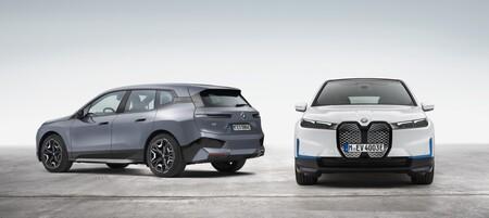 Los BMW iX xDrive40 y BMW iX xDrive50 llegan con la máxima tecnología para ser referentes entre los SUV grandes en la era del coche eléctrico