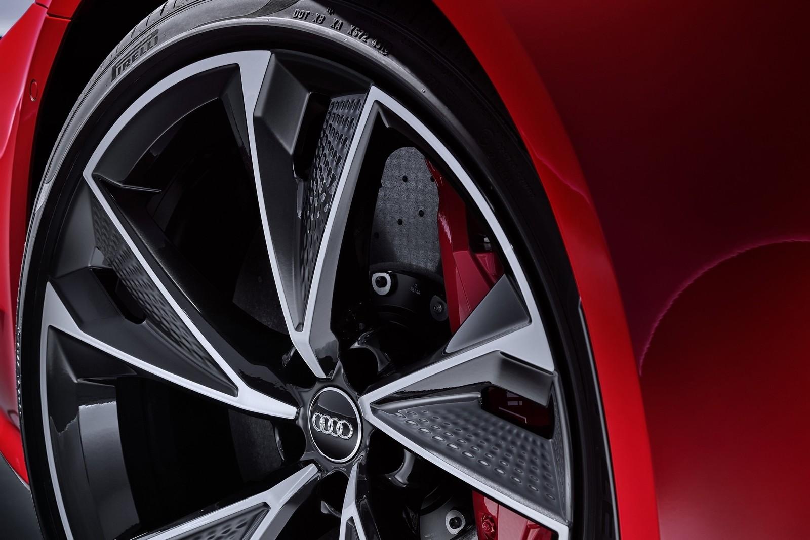 Foto de Audi RS 7 Sportback 2020 (15/44)