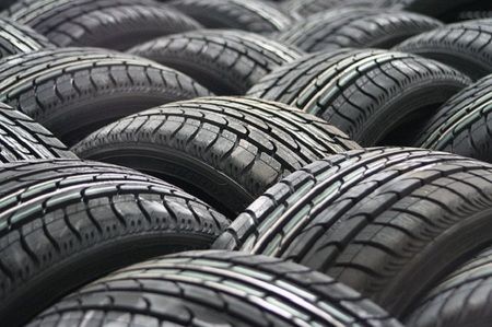 Verifica tus neumáticos antes de viajar