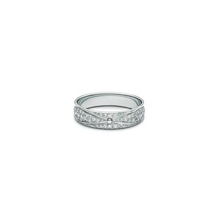 LV bridal anillos