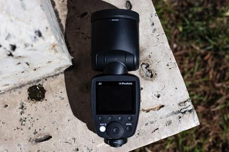 Profoto A1: así es el revolucionario flash de estudio para la cámara