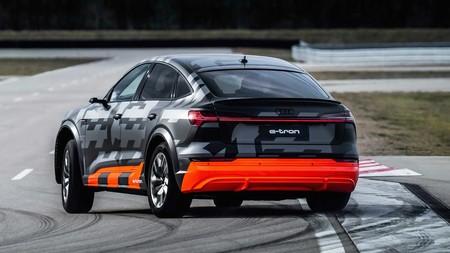 Audi E-Tron S trasera