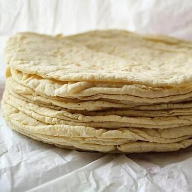 Infografía: la tortilla mexicana, sinónimo de plato, cuchara y comida