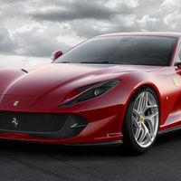 Video: Mira al Ferrari 812 Superfast llegar a 324 km/h como si fuera algo sencillo