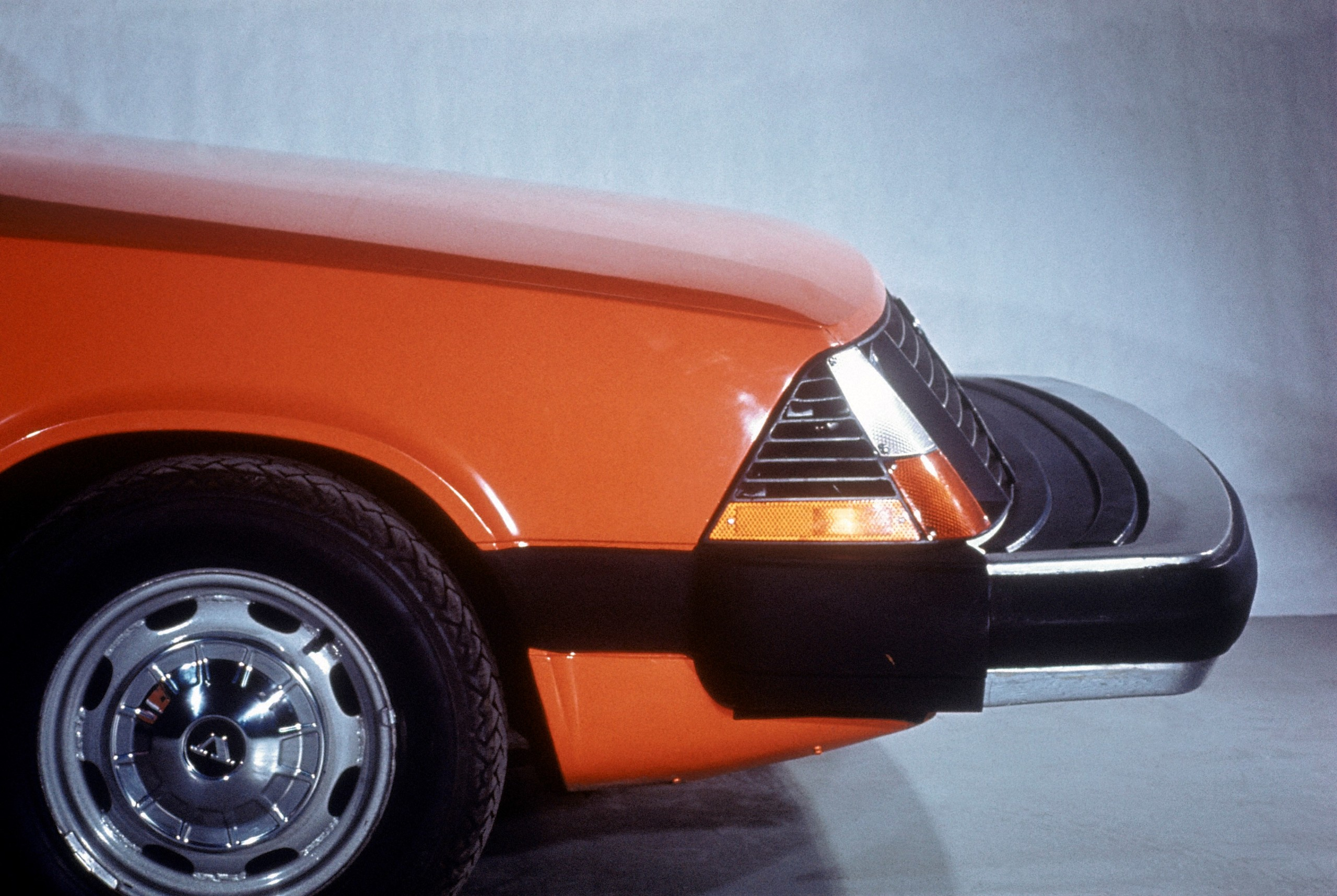 Volvo Experimental Safety Car 1972