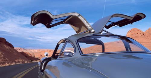 Los 11 coches más icónicos con puertas de tipo alas de gaviota