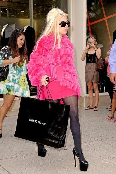 Lady Gaga y el extraño caso de las pieles en Agosto... (round 2)