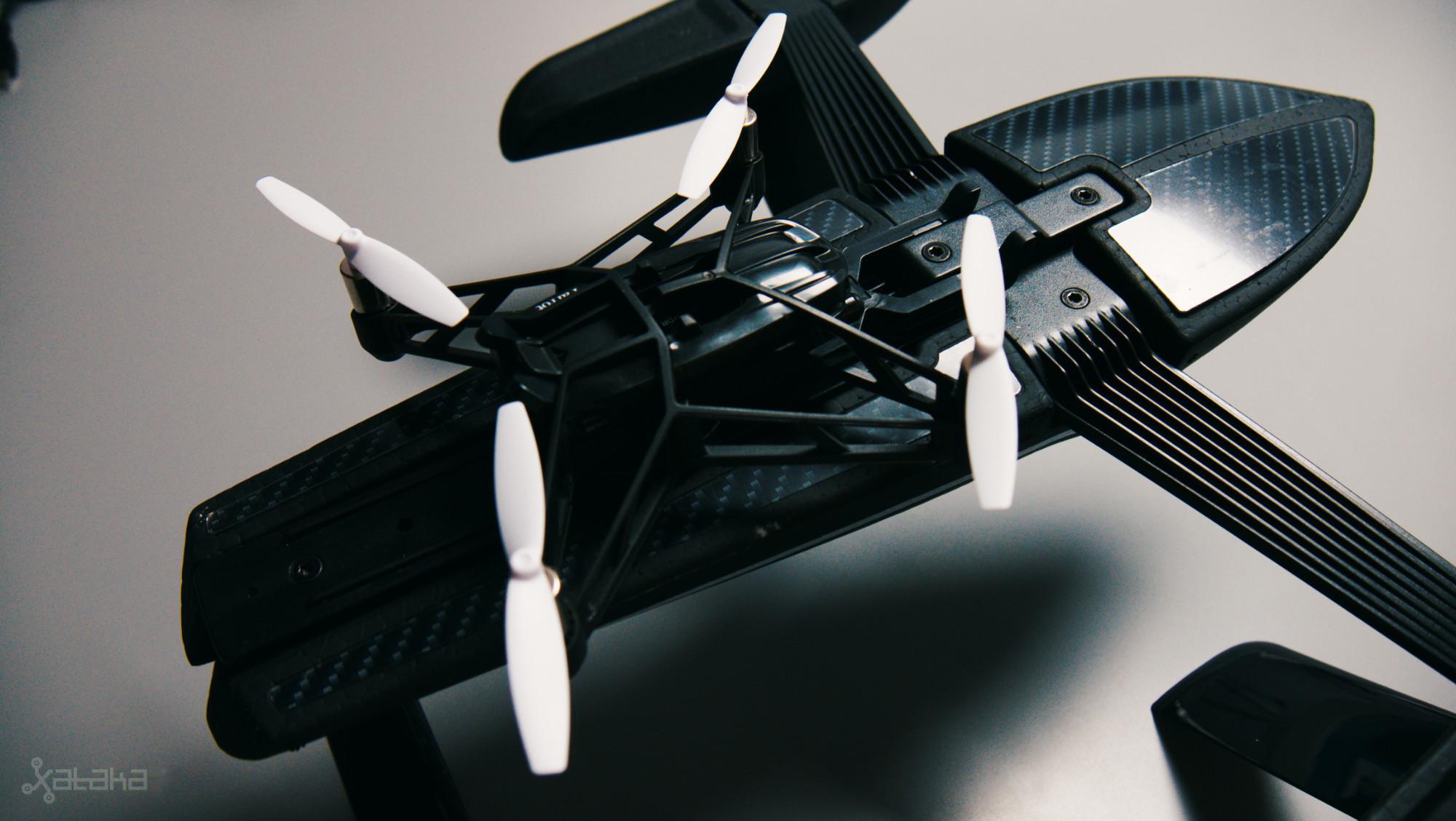 Foto de Parrot Hydrofoil Minidrone Orak (6/7)