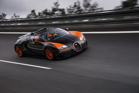 Bugatti Veyron Grand Sport Vitesse WRE, así se va descapotado a 408,84 km/h