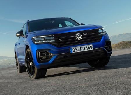 Volkswagen Touareg R 2021 1600 08