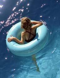 Atención al exceso de cloro en las piscinas