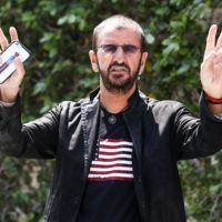 Ringo Starr el primero de los Beatles en convertirse en bisabuelo