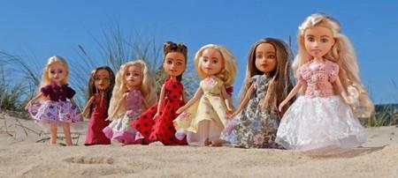 Las niñas o mujeres reales que esconde el maquillaje de las muñecas de hoy