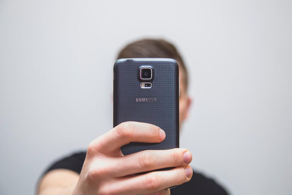 La Seguridad Social ya permite la identificación mediante 'selfie' sin certificado digital ni Cl@ve para diferentes trámites