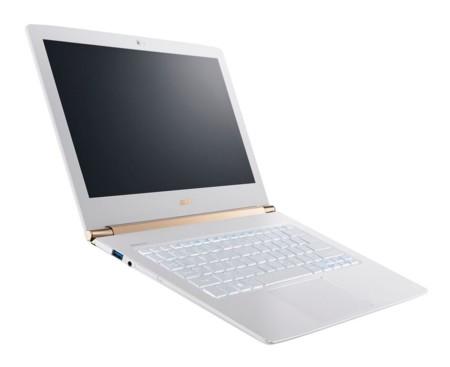 Ultradelgado Acer