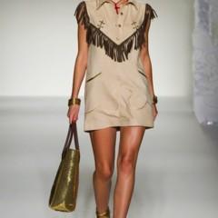 Foto 38 de 43 de la galería moschino-primavera-verano-2012 en Trendencias