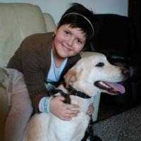 Todo un logro:una niña epiléptica podrá ir a clase con su perro de terapia