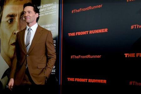 Hugh Jackman luce en la alfombra roja el perfecto look de oficina que llevaremos este otoño