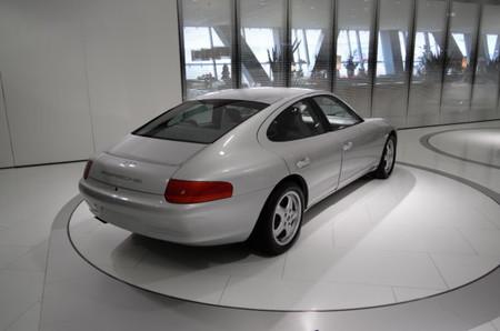 Porsche 989 1