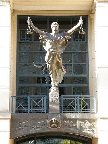 El Consejo General del Poder Judicial dice que las páginas de enlaces no infringen derechos de autor