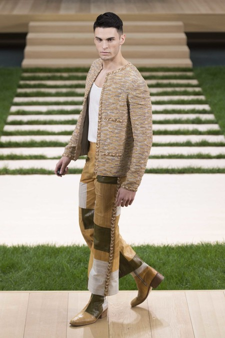 6 Chanel Spring Summer 2016 Haute Couture